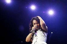 "<p>Alicia Keys performs during her ""As I Am"" tour at Staples center in Los Angeles May 5, 2008. REUTERS/Mario Anzuoni</p>"