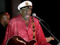 <p>'O clássico nunca fica velho', diz Chuck Berry. O músico Chuck Berry em imagem de arquivo. Aos 81 anos, a lenda do rock  não dá sinais de cansaço e promete uma turnê sem firulas em sua passagem por quatro cidades do Brasil neste mês. Photo by $Byline$</p>