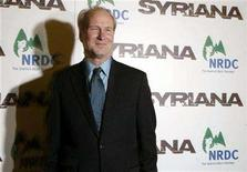 <p>William Hurt arrives for the premiere of the film 'Syriana' in New York November 20, 2005. REUTERS/Keith Bedford</p>