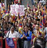 <p>Exilados tibetanos protestam em Dharamsala, 17 de junho de 2008. Photo by Stringer</p>