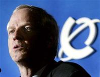 <p>Former Nortel Chief Executive Frank Dunn comments on the company's results after their annual general meeting in Ottawa, April 24, 2003. REUTERS/Jim Young</p>