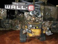 "<p>An animatronic robot of the character Wall-E is displayed at the world premiere of Disney-Pixar's film ""Wall-E"" in Los Angeles, California June 21, 2008. The film opens June 27. REUTERS/Fred Prouser (</p>"