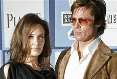 <p>Actors Angelina Jolie and Brad Pitt arrive at the 2008 Film Independent's Spirit Awards in Santa Monica, California in this February 23, 2008 file photo. REUTERS/Fred Prouser</p>