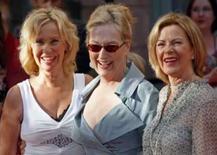 <p>Mamma Mia! Integrantes do ABBA fazem rara aparição em Estocolmo. Os quatro membros do grupo ABBA apareceram juntos na sexta-feira na estréia sueca do filme 'Mamma Mia!', fazendo a alegria de fãs com sua primeira aparição pública em anos. 4 de julho. Photo by Bob Strong</p>