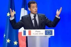 <p>Sarkozy critica aumento do juro promovido pelo BC Europeu. O presidente da França, Nicolas Sarkozy, criticou neste sábado a decisão tomada pelo Banco Central Europeu (BCE) nesta semana de elevar a taxa básica de juro da região da zona do euro. 5 de julho. Photo by Philippe Wojazer</p>