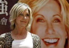 <p>Australian singer Olivia Newton-John holds a news conference to promote her Asia concert tour in Taipei April 20, 2007. REUTERS/Richard Chung</p>