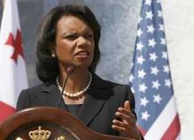 <p>A secretária de Estados dos EUA, Condoleezza Rice, faladurante conferência na Geórgia, dia 10 de julho. Rice, espera assistir a algumas competições nos últimos dias dos Jogos Olímpicos de Pequim, antes de comparecer à cerimônia de encerramento, no mês que vem, disse seu porta-voz nesta quinta-feira. Photo by David Mdzinarishvili</p>