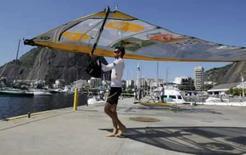 <p>Velejador brasileiro Ricardo Winicki, o Bimba, treina no Rio de Janeiro, nesta quinta-feira, para os Jogos de Pequim. Campeão mundial de 2007, ele é um dos favoritos a subir no pódio. Photo by Sergio Moraes</p>