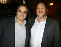 "<p>Bob Weinstein (L) and his brother Harvey Weinstein, the founders of The Weinstein Co., an independent motion picture studio, pose at the premiere of their studio's film ""1408"" in Los Angeles, California June 12, 2007. REUTERS/Fred Prouser</p>"