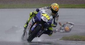<p>Valentino Rossi sulla sua Yamaha la settimana scorsa a Hohenstein-Ernsthal, in Germania. REUTERS/Tobias Schwarz</p>