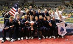 <p>Seleção dos Estados Unidos comemora a conquista da Liga Mundial de vôlei no Rio de Janeiro, após a vitória por 3 sets a 1 sobre a Sérvia na decisão. Photo by Sergio Moraes</p>