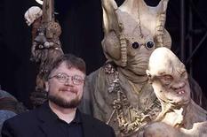 <p>El director de 'Hellboy 2', Guillermo del Toro (en la foto), y Miramax producirán en conjunto una nueva versión de la película televisiva de suspenso 'Don't Be Afraid of the Dark'. El escritor y artista de cómic Troy Nixey debutará como director en la adaptación de la película, que fue transmitida por la cadena estadounidense ABC en 1973 y que atrajo a seguidores de culto. Photo by (C) HECTOR MATA / REUTERS/Reuters</p>