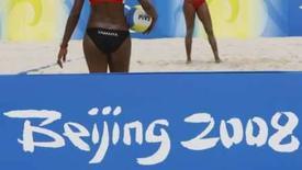 <p>Jogadora cubana de vôlei de praia Tamara Larrea treina no centro de vôlei de praia Chaoyang, em Pequim. Photo by Kim Kyung-Hoon</p>