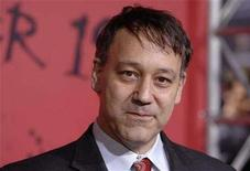 "<p>The producer of ""30 Days of Night"", Sam Raimi, attends the film's premiere at Grauman's Chinese Theatre in Hollywood October 16, 2007. REUTERS/Phil McCarten</p>"