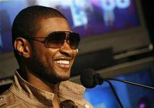 "<p>Usher appears on the BET Awards nominations during BET's ""106 & Park"" show in New York May 15, 2008. REUTERS/Brendan McDermid</p>"