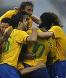 <p>Seleção Brasileira comemora gol contra a Bélgica nas Olimpíadas de Pequim. Photo by Alvin Chan</p>