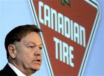 <p>Canadian Tire President and CEO Tom Gauld speaks at the annual general meeting in Toronto, May 8, 2008. REUTERS/Peter Jones</p>