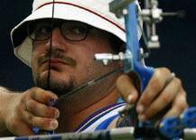 <p>Marco Galiazzo alle Olimpiadi di Pechino. REUTERS/Ruben Sprich</p>