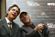 <p>Rock and Roll Hall of Fame Foundation CEO Joel Peresman (L) and Singer Billy Joel attend a news conference to announce the soon to open Rock and Roll Hall of Fame Museum Annex in New York August 13, 2008. REUTERS/Brendan McDermid</p>