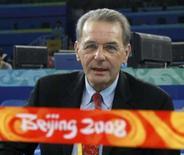 <p>O presidente do Comitê Olímpico Internacional, Jacques Rogge, durante prova de levantamento de peso feminino. O dirigente afirmou que decide sobre eventual reeleição somente após os Jogos de Pequim. Photo by Tim Wimborne</p>