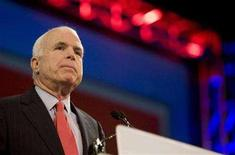 <p>Republican presidential candidate Senator John McCain pauses for applause while speaking at the National Council of La Raza convention at San Diego's Convention Center July 14, 2008. REUTERS/Fred Greaves</p>