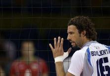 <p>L'italiano Bovolenta durante al partita contro la Bulgaria. REUTERS/Alexander Demianchuk</p>