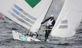 <p>Robert Scheidt e Bruno Prada, do Brasil, durante regata da classe Star nos Jogos de Pequim. Os brasileiros venceram a regata deste domingo e subiram para 7o na classificação geral. Photo by Pascal Lauener</p>