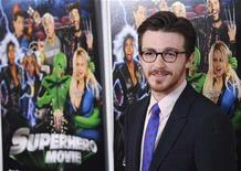 "<p>""Superhero Movie"" cast member Drake Bell poses at the premiere of the film in Los Angeles, March 27, 2008. REUTERS/Chris Pizzello</p>"