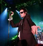 <p>El vocalista de la banda Stone Temple Pilots, Scott Weiland (en la foto), lanzará su segundo disco en solitario el 18 de noviembre, una década después de su primera entrega como solista. En 'Happy', que será estrenado a través del propio sello del artista, Softdrive, figurarán tres miembros del grupo No Doubt: el bajista Tony Kanal, el guitarrista Tom Dumont y el baterista Adrian Young. Photo by (C) MARIO ANZUONI / REUTERS/Reuters</p>