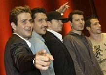 <p>Joey McInytre, Jonathan Knight, Donnie Wahlberg, Jordan Knight and Danny Wood (L-R) of the band 'New Kids On The Block' pose during a photo call in Munich July 9, 2008. REUTERS/Michaela Rehle</p>