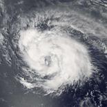 <p>Furacão Ike chega à categoria 4; Hanna também ganha força. Imagem de satélite de 2 de setembro mostra a organização do furacão Ike no oceano Atlântico. O furacão ganhou força repentinamente e atingiu a categoria 4 no meio do Atlântico. Photo by Reuters (Handout)</p>