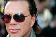 "<p>Mickey Rourke arrives for the world premiere of U.S. director Steven Soderbergh's film ""Ocean's 13"" at the 60th Cannes Film Festival May 24, 2007. REUTERS/Yves Herman</p>"