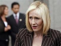 <p>J.K. Rowling, author of the Harry Potter book series, makes a statement before leaving the U.S. District Court in New York April 14, 2008. A U.S. judge on Monday ruled in favor of Warner Brothers Entertainment Inc and author Rowling over the publication of an unofficial encyclopedic companion to the popular Harry Potter book series. REUTERS/Joshua Lott</p>