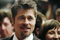 "<p>Actor Brad Pitt arrives at the ""Burn After Reading"" gala during the 33rd Toronto International Film Festival, September 5, 2008. REUTERS/Mark Blinch</p>"