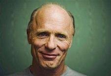 """<p>""""Appaloosa"""" director Ed Harris poses for a portrait during the 33rd Toronto International Film Festival September 5, 2008. REUTERS/Mark Blinch</p>"""
