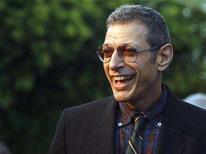 <p>Actor Jeff Goldblum smiles at the annual Oceana Partner's awards gala in Pacific Palisades, California October 5, 2007. REUTERS/Mario Anzuoni</p>