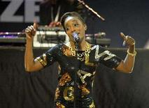 <p>Singer Estelle performs at the Mercury Prize awards, in London on September 9, 2008. REUTERS/Kieran Doherty</p>