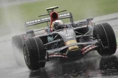 <p>O alemão Sebastian Vettel conquistou neste sábado a primeira pole position de sua carreira e de sua equipe Toro Rosso na Fórmula 1, numa impressionante sessão de classificação para o GP da Itália. Photo by Alessandro Garofalo</p>