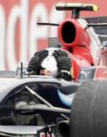 <p>O alemão Sebastian Vettel surpreendeu o mundo da Fórmula 1 ao se tornar o mais jovem vencedor de um Grande Prêmio aos 21 anos, neste domingo, quando levou a pequena Toro Rosso à vitória em casa. Photo by Alessandro Garofalo</p>
