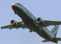 <p>Après deux tentatives de décollage avortées, des passagers de la compagnie allemande Air Berlin ont obtenu le week-end dernier d'être redirigés vers un autre vol, craignant pour leur sécurité. /Photo d'archives/REUTERS/Arnd Wiegmann</p>