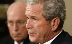 <p>Bush visitará Texas para vistoriar trabalhos de ajuda às vítimas do furacão Ike. Photo by Kevin Lamarque  REUTERS/Kevin Lamarque   (UNITED STATES)</p>