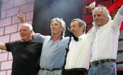 <p>Os membros do Pink Floyd, no show Live 8, em Londres. Rick Wright morreu de câncer nesta segunda-feira. Photo by Stephen Hird</p>