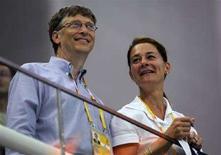 <p>Il fondatore di Microsoft Bill Gates e la moglie Melinda. REUTERS/Kai Pfaffenbach</p>