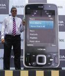 <p>Una presentazione del cellulare Nokia N96 a Nuova Delhi. REUTERS/Parth Sanyal</p>