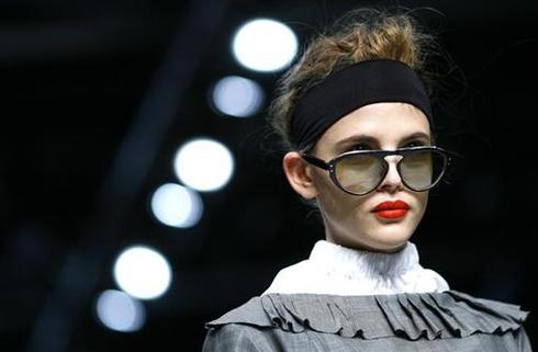 Fashion on the brain