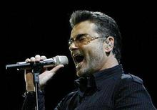 "<p>George Michael performs in concert at the Forum during his ""Live Global Tour"" in Inglewood, California June 25, 2008. This is Michael's first North American tour in 17 years. REUTERS/Mario Anzuoni</p>"