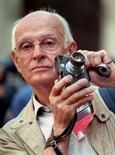 <p>Henri Cartier-Bresson is pictured in this file picture from September 1989. REUTERS/Charles Platiau</p>