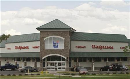 A Walgreens store is seen in Golden, Colorado, June 25, 2007. REUTERS/Rick Wilking
