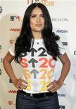 <p>Foto de archivo de la actriz mexicana Salma Hayek a su llegada a un evento para el combate del cáncer en Hollywood, 5 sep 2008. REUTERS/Fred Prouser</p>