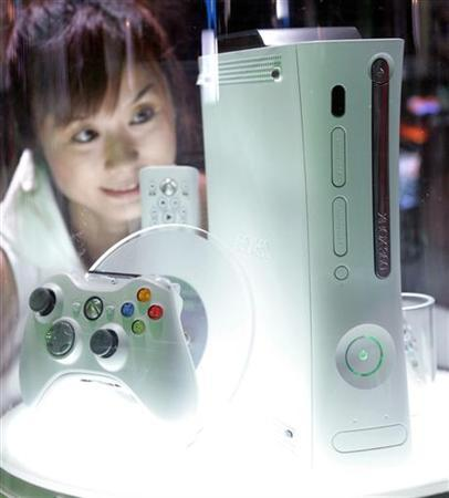 Microsoft Corp's Xbox 360 video game console is displayed at Tokyo Game Show 2005. REUTERS/Toru Hanai